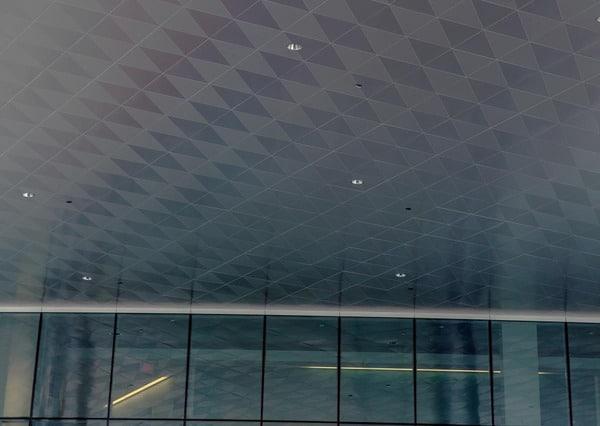 mẫu trần nhôm tam giác